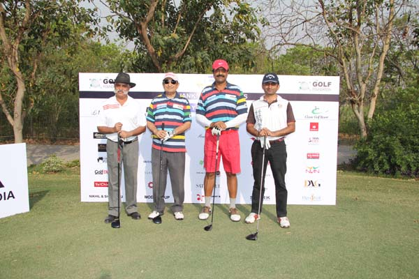 <div class='clear_description'>Amit Luthra's flight about to tee off</div>