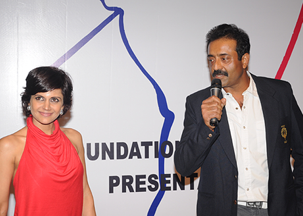 <div class='clear_description'>Mandira Bedi with Amit Luthra at the Emerging Golfers' Awards 2011</div>